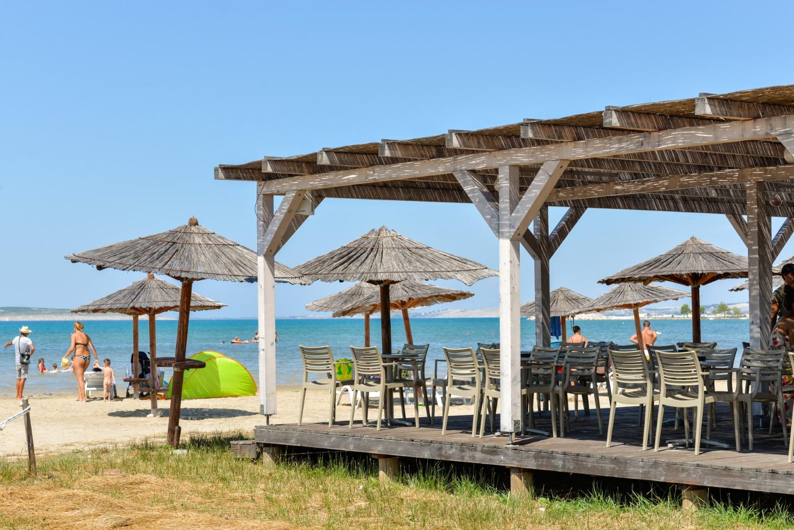 Ljubač, beach, sandy beach, Ražanac, Zadar county, ideal for children, www.zadarvillas.com